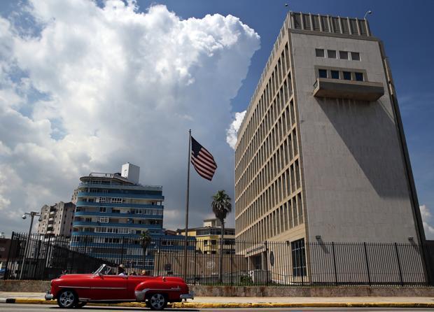 ataque-sonico-embajada-eeuu-cuba-kTg-U217259045495vB-620x450@abc.jpg