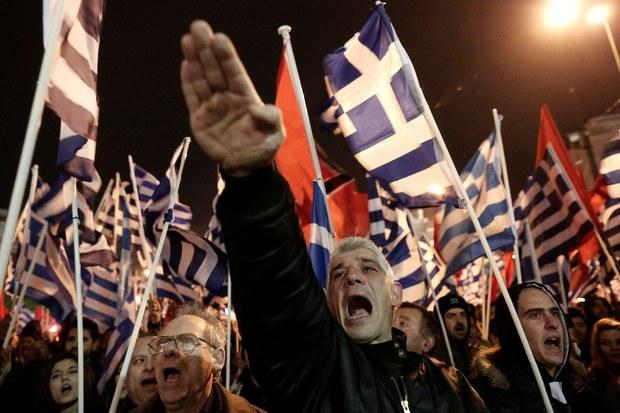 De-la-Politeia-a-Mein-Kampf_simpatizante-neonazi_-Associated-Press-Yannis-Kolesidis.jpg.jpeg